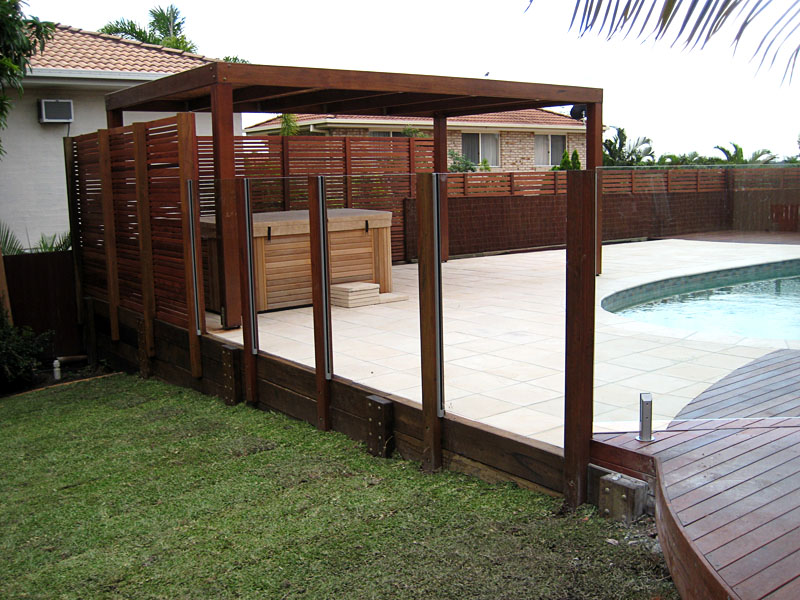 Semi Framless And Frameless Glass Pool Fencing Brisbane