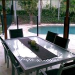 Semi-Frameless Pool fence behind outdoor dining